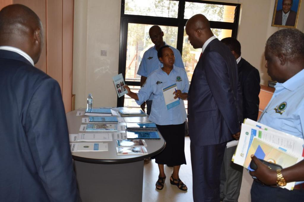 LVFO Deputy Executive Secretary, Dr. Oliva Mkumbo, briefing the EAC Secretary General on the LVFO Archievements